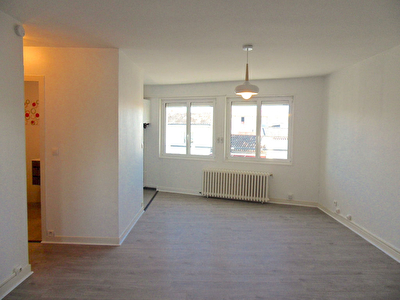 A LOUER APPARTEMENT 3 PIECES BORDEAUX, BARRIERE DE TOULOUSE